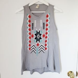 Grey tank with embroidery